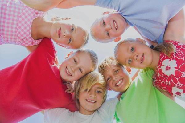 Mythen und Fakten – Mikrobiom und Allergie zertifiziert durch die Bayerische Landesärztekammer mit 2CME-Punkten Mythen und Fakten – Mikrobiom und Allergie zertifiziert durch die Bayerische Landesärztekammer mit 2CME-Punkten