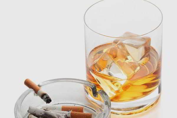 Diagnostik und Therapie der Alkoholabhängigkeit – Teil 1 von 3 Grundlagen zertifiziert durch die Bayerische Landesärztekammer mit 4CME-Punkten Diagnostik und Therapie der Alkoholabhängigkeit – Teil 1 von 3 Grundlagen zertifiziert durch die Bayerische Landesärztekammer mit 4CME-Punkten